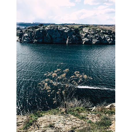 вид со скал на реку Днепр